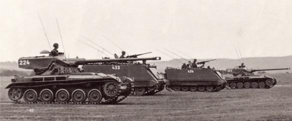 200 chars légers 51(AMX-13) on servi pour former des bataillons de reconnaissance au sein des division frontrière ou de campagne. © Br bl 1