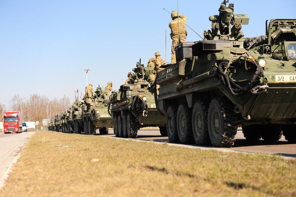 Die NATO muss das Verhältnis zu Russland neu definieren und unbedingt den die Möglichkeit zur Kommunikation offenhalten. (Bild Fahrzeuge der US Army Europe bei der Operation Dragoon Ride) / Bild: US Army Europe/Flickr